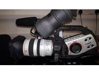 Canon XL2 3CCD MiniDV Camcorder w/20x and 3x Optical Zoom, Standard definition