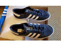 adidas Men's Original Hamburg Trainers - Size 8