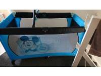 Hauck Disney travel cot