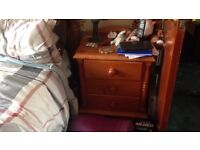 2 Antique Pine bedside chest of drawers