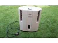 DeLonghi DES12 Compact Dehumidifier