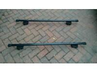 Thule Lockable Roof Rack