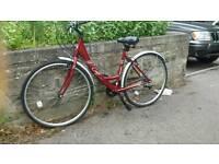 Ladies hybrid bike good running condition
