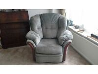 INCLINER ARMCHAIR
