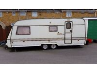 Swift Conqueror 560 1991 4 Berth