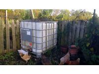 IBC 1000 Litre water / waste container with tap