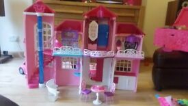 BARBIE MANSION HOUSE, DOLLS CARS BIKES AND ACCESSORIES