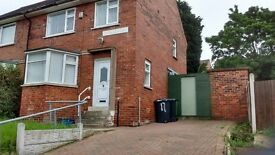 Large 3 bed semi detached property to rent. recentlly renovated property