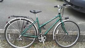 Great condition, Raleigh hybrid ladies bike, reliable and ready to go
