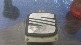Seat Leon boot release handle