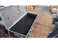 Heavy duty rolling double keyboard storage case on casters