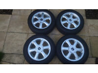 Mini Genuine Set 15 Inch Rotator Spoke 101 Alloys With Tyres And Centre Caps