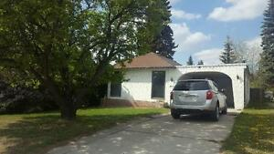 3 bedroom 2 bath house for Rent in Olds