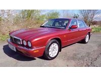 L@@K Jaguar XJ8 Executive **69000 MILES**LONG MOT**BEAUTIFUL CONDITION**SERVICE HISTORY**MUST SEE