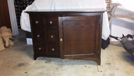 Dark wood Stereo/TV cabinet with 6 drawer cd storage