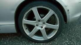 Kahn Rss 18 inch alloys 4x100 with tyres