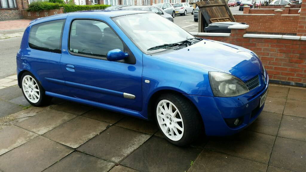 Renault Sport Clio 172 Cup 2 0L | in Leicester, Leicestershire