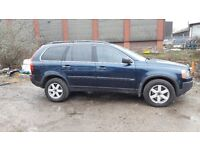 THIS VOLVO X C 90 2003, 7 seats, fully loaded