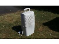 White Argos YDK1-10D Compact Dehumidifier - 10 Litres - Used