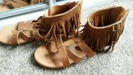 Size 2 girls sandals as new