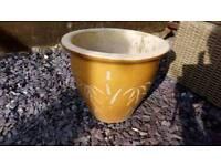 Glazed plant pot, medium size