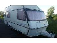 For sale caravan 4/5birth with awaning