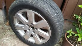 Passat 2000 chrome wheel and tyre. Good condition.