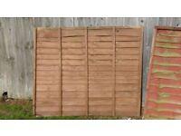 2 Fence Panels