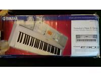 Yamaha PSE E303 keyboard