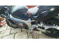 SUZUKI GSXR 600 SRAD A2 LEGAL 12 MONTHS MOT BARGAIN 1998 track bike? not bandit