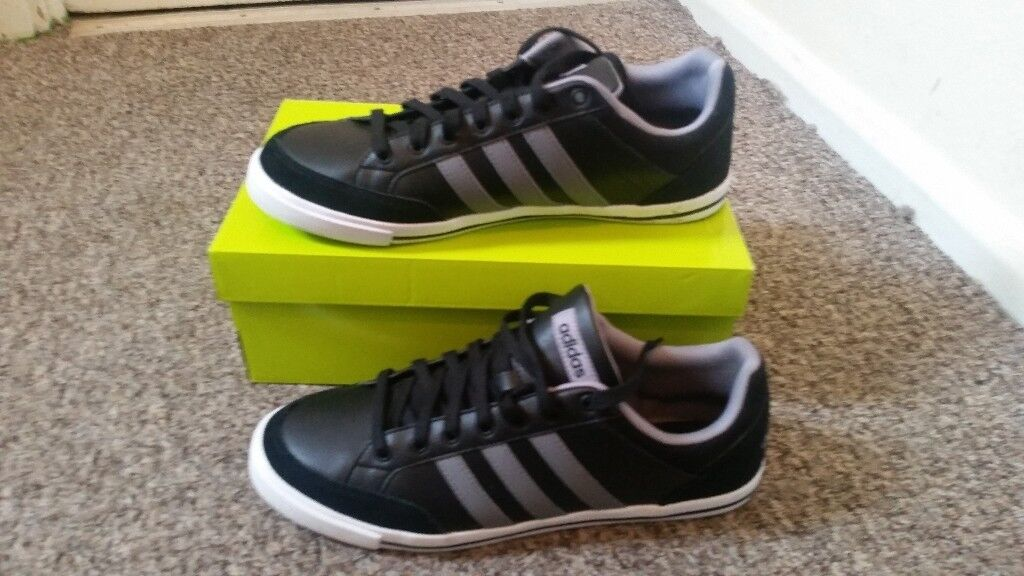 Mens size 11 adidas trainers