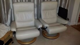 stressless ekornes cream chair