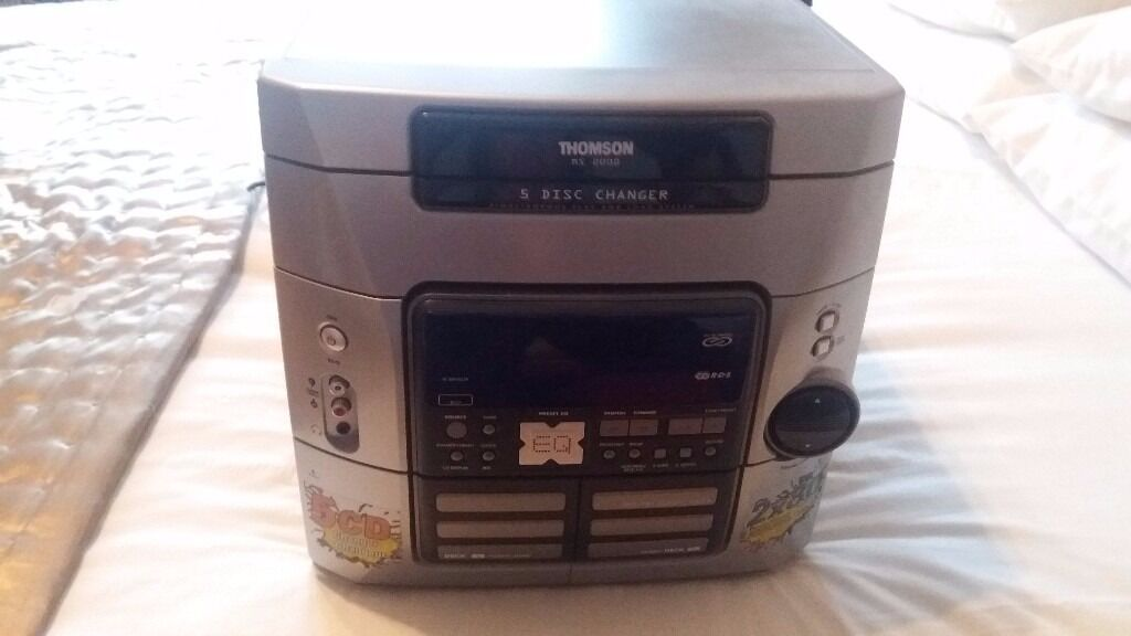 Thomson 2000 5 disc changerin Southside, GlasgowGumtree - Thomson 2000 5 disc changer complete with speakers and manual ! From smoke and pet free home ! Also has remote control !