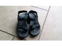 ladies merrell walking sandals size 4 excellent condition