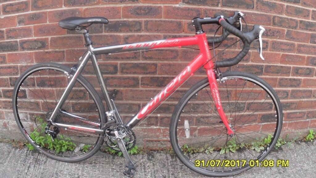CARRERA VANQUISH RACING BIKE 18sp LIGHTWEIGHT 21.5in/55cm ALLOY FRAME V/CLEAN JUST SERVICED