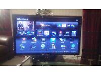 "SAMSUNG 40"" SMART LED TV, MINT CONDITION."