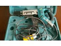 Screw gun 110v makita