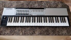 Novation Remote 61 SL MK2 Midi Controller Keyboard to control music software / midi synthesizers