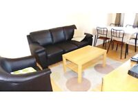 GREAT DEAL INCLUDES BILLS! WONDERFUL 2 BEDROOM FLAT NEAR ZONE 2/3 TUBES, 24 HOUR BUSES & SHOPS