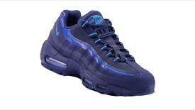 Brand new original. Nike Air Max 95 SI 329393 447 Mens Trainer Sneaker.Size: 6-7-8-9