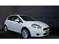 NOVEMBER 2009 FIAT GRANDE PUNTO 3DOOR GP 1.4 8V LOVELY EXAMPLE IN WHITE WITH FACTORY STYLING