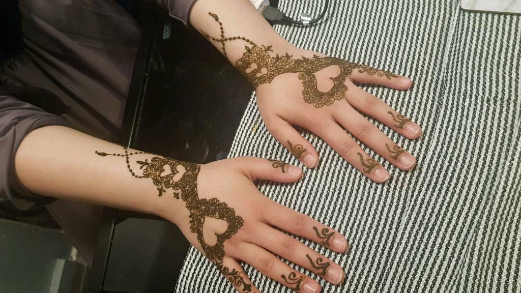 Bridal Mehndi West Midlands : Henna mehndi designs in highgate west midlands gumtree