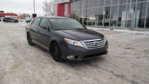 2011 Toyota Avalon XLS,Leather,Nav,Heated seats