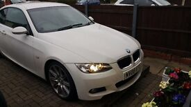 BMW 3320i M Sport E92 Coupe White FSH (Perfect for the Summer!)