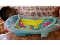 Fisher price baby bath with newborn fabric sling