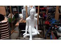 Mannequin female sitting