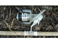 Fishing reel & 3 rods