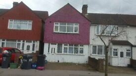 Two Bedroom Apartment Ground Floor With ALL BILLS INCLUDED In Croyden Only Share Kitchen