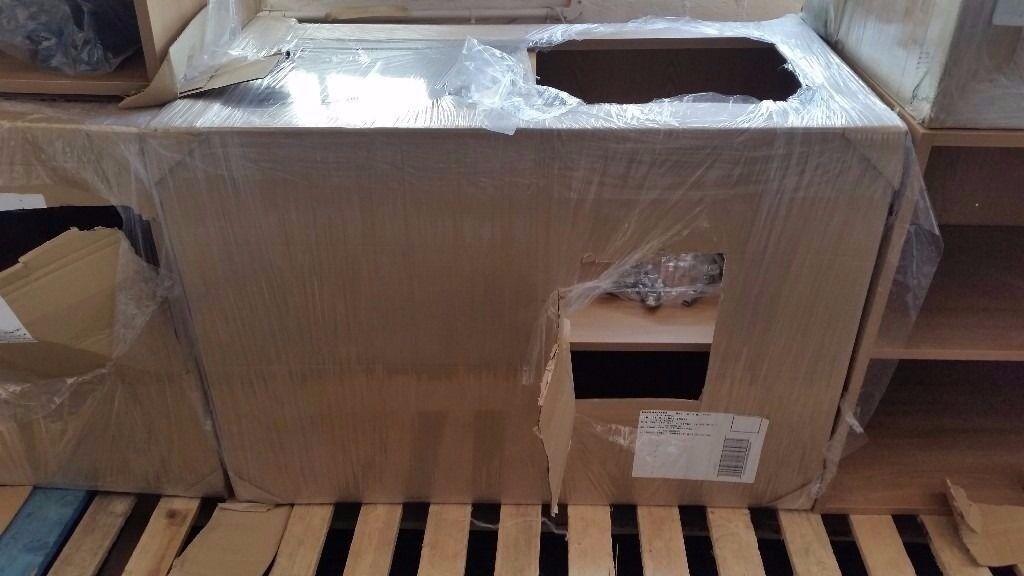 Brand new pre-built schreiber oak 1000 kitchen base unit