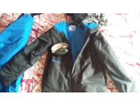 Ski/snow suit